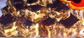 Sernik z piernikami nadziewanymi w czekoladzie