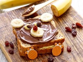 Kanapki z bananem i masłem czekoladowym
