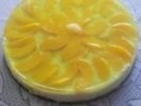 Śmietanowy tort z mandarynkami