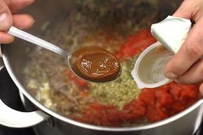 Sos boloński do spaghetti – krok 3