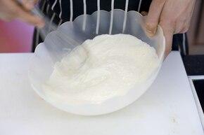 Sos serowy do nachos na zimno – krok 1