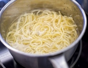 Spaghetti bolognese z warzywami – krok 3