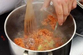 Spaghetti bolognese z warzywami – krok 4