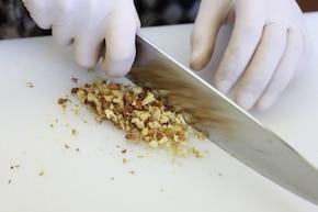 Spaghetti z orzechami – krok 1