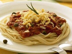 Spaghetti z tuńczykiem i kaparami
