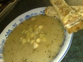 Szybka zupa cebulowa