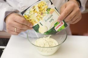 Szynkowy sos do makaronu – krok 3