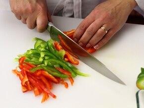 Tortilla z papryką - VIDEO – krok 1