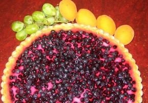 Tarta śmietanowo - jagodowa