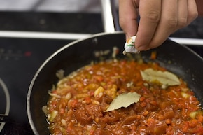 Tortilla z sosem hiszpańskim – krok 6