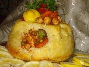 Wielkanocna baba z ryżem i farszem drobiowo-warzywnym