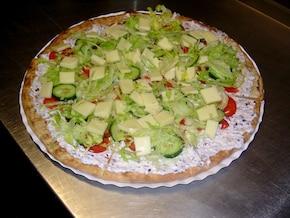 Wiosenna chrupiąca pizza FIT z warzywami