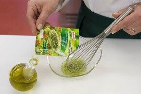 Wiosenna sałatka ziemniaczana – krok 4