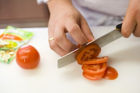 Włoska sałatka z pomidorów – krok 1