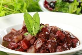 Wołowina po burgundzku - VIDEO