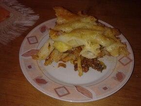 Zapiekanka makaronowa z mięsem mielonym