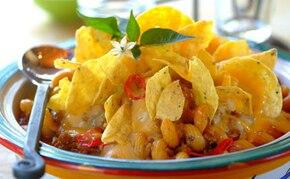Zapiekanka z serem na ostro i nachos