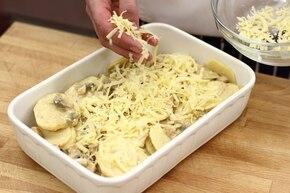 Zapiekanka ziemniaczana z pieczarkami i kurczakiem – krok 3