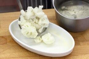 Zapiekany kalafior z pieczarkami  – krok 2