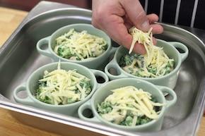 Zapiekany kurczak z zielonymi warzywami  – krok 4