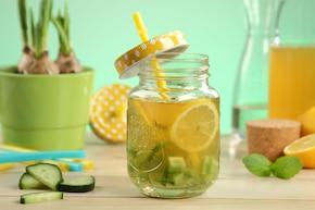 Zielona herbata z ogórkiem
