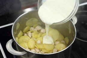 Ziemniaczana zapiekanka z kurczakiem – krok 2
