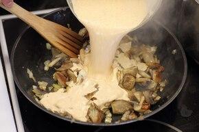 Złocista kasza z gulaszem grzybowym  – krok 6