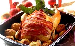 Złocisty kurczak z chlebowym nadzieniem
