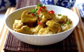 Złoty kurczak curry