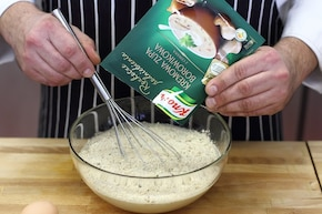 Zupa borowikowa w dwóch kolorach  – krok 3