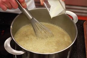 Zupa Casanovy, czyli borowikowa z nutą trufli  – krok 4