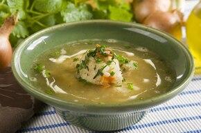 Zupa cebulowa z pulpecikami rybnymi