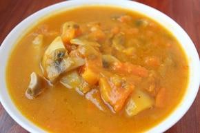 Zupa dyniowa z pieczarkami