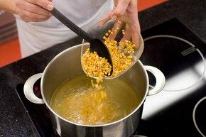 Zupa grochowo – ziemniaczana – krok 1