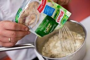 Zupa grzybowa kremowa – krok 2