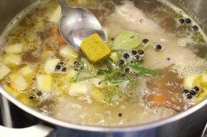 Zupa grzybowa ze świeżych grzybów – krok 2