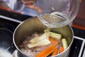 Zupa jarzynowa z kukurydzą  – krok 1
