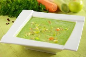 Zupa jarzynowa zielona