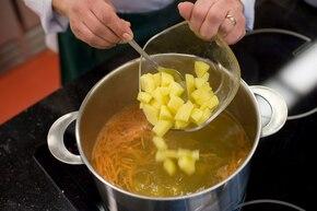 Zupa kapuśniak – krok 2