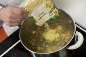 Zupa krem z kurek a la gulaszowa  – krok 4