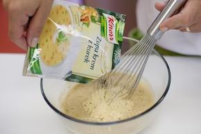 Zupa krem z kurek z szynką - VIDEO – krok 3