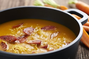 Zupa marchewkowa zchorizo