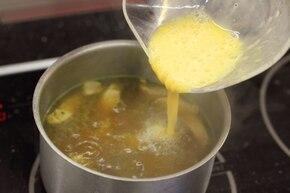 Zupa ostro-kwaśna z polędwicą – krok 5