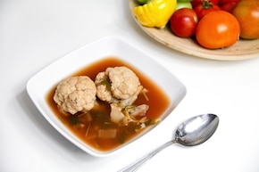 Zupa pomidorowo-kalafiorowa