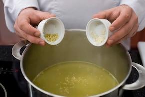 Zupa Tom Yam Gong – krok 2