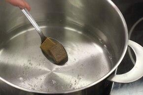 Zupa z fasolki szparagowej z ziemniakami – krok 1
