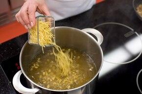 Zupa z maślaków – krok 3