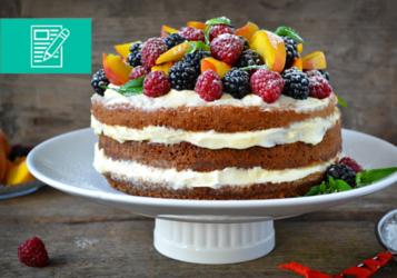 9 wskazówek, jak upiec idealne ciasto biszkoptowe z owocami