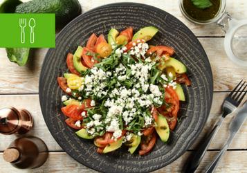 6 sałatek z pomidorami i burakami
