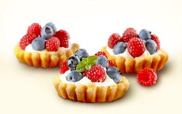Babeczki z owocami leśnymi